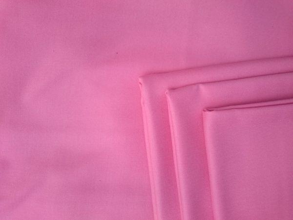 Tkanina wełniana różowa