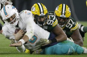 Packers Gilbert sack Dolphins AP