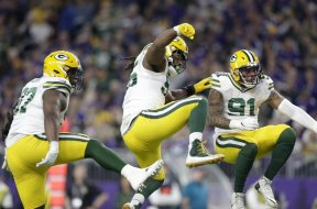 Packers defense dance MN AP