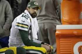 Packers Aaron Rodgers bench AP