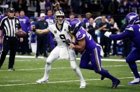 APTOPIX Vikings Saints Football
