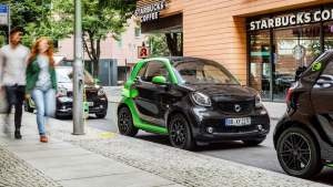 smart-for-two-ev-na-ulicy