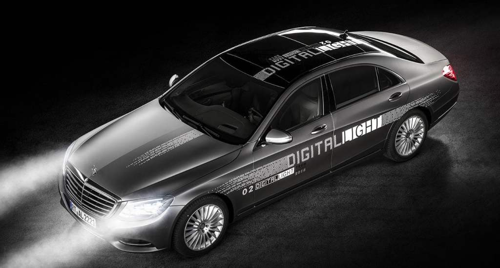 Cyfrowe reflektory Digital Light - Mercedes-Benz