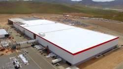Tesla rozpoczęła produkcje w fabryce Gigafactory - wlaczoszczedzanie.pl
