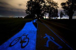 Disnayland oraz ponad 80 krajów z całego świata zainteresowało się świecącą w nocy ścieżką rowerową - @ materiały prasowe