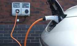 Samochody elektryczne są nawet 3,5 razy bardziej ekonomiczne niż auta spalinowe
