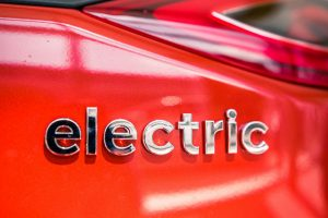 Polska spółka Play Holding pracuje nad projektem lekkiego iwytrzymałego samochodu elektrycznego e-Van wykonanego z kompozytów