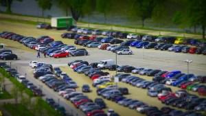 Wieloczujnikowy inteligentny neuronowy system parkingowy pomoże kierowcom znaleźć wolne miejsce postojowe