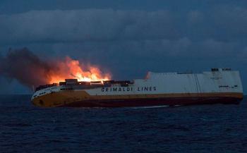 2019 rok -12 marca - Francja - zatonięcie transportowca Grande America w Zatoce Baskijskiej