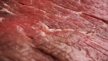 Psycholog bada postrzeganie mięsa hodowanego komórkowo przez konsumentów