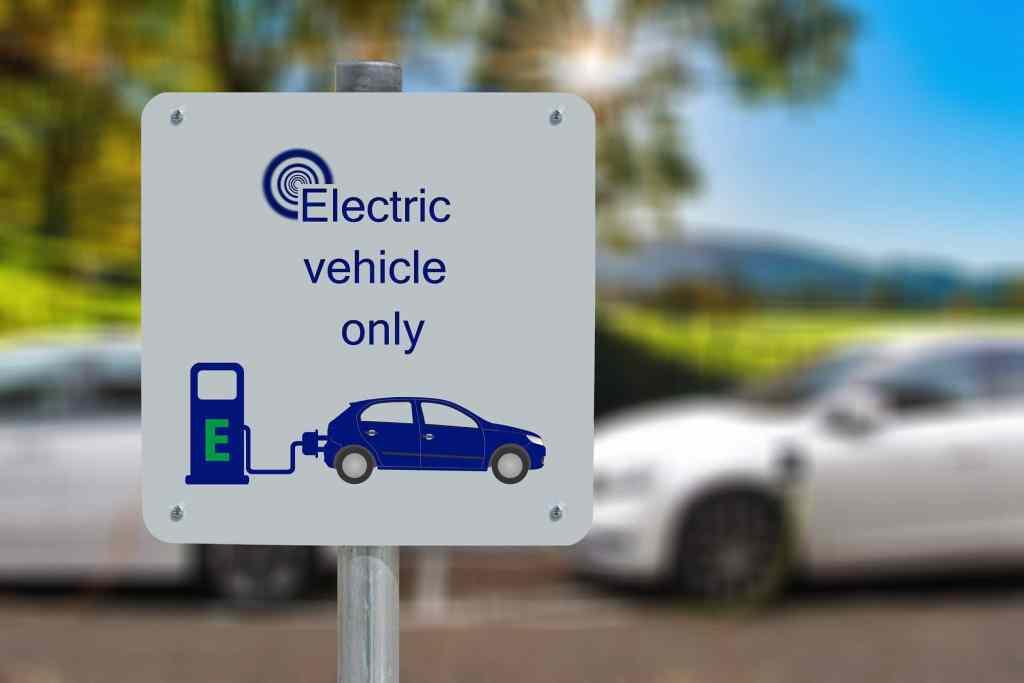 Grafenowe baterie zapewnią większą żywotność i błyskawiczne ładowanie samochodów elektrycznych