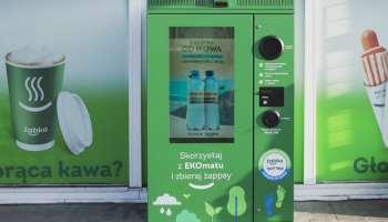 Żabka i Żywiec Zdrój zawarły strategiczne partnerstwo i będą stawiać przy sklepach EKOmaty
