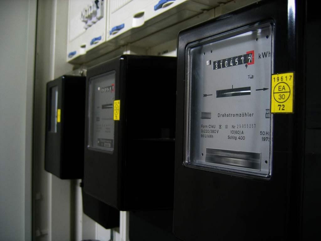 Inteligentne liczniki energii czyli możliwość zarządzania zużyciem energii i jej oszczędzania