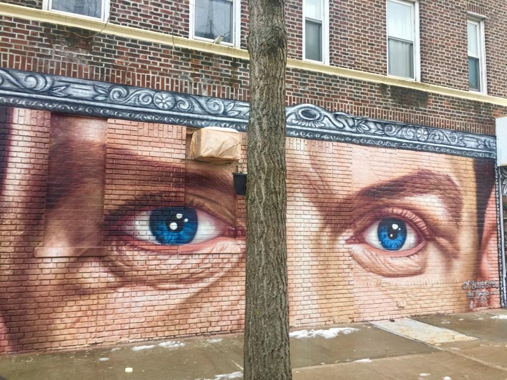 mural of Frank Sinatra's eyes—Ol'Blueyes,