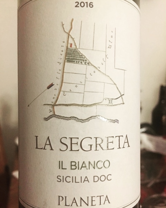 Label from bottle of Planeta La Segreta Il Bianco Siclia DOC 2016