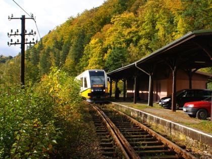 Za niespełna trzy lata  pociągiem z Jeleniej przez Lwówek do Złotoryi?
