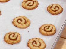 pumpkin-pinwheel-cookies