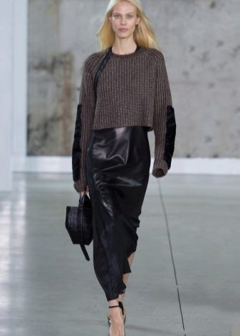 How to wear a sweater and skirt? 32