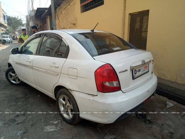New Used Hyundai Verna 1 6 Crdi Sx In New Delhi 2010 Model On This Month