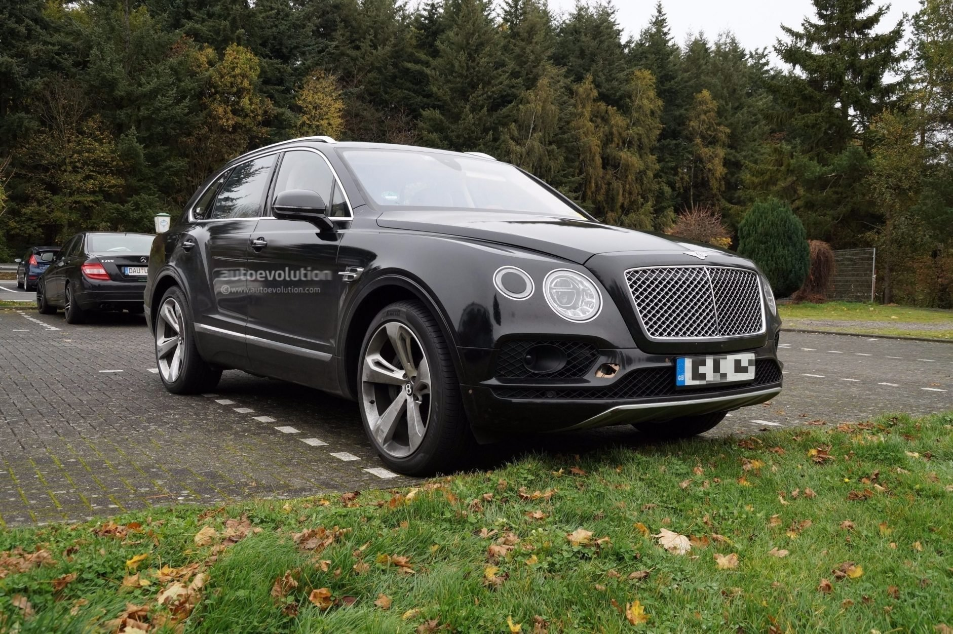 New Best 2019 Bentley Bentayga Side Hd Photo Car Release On This Month