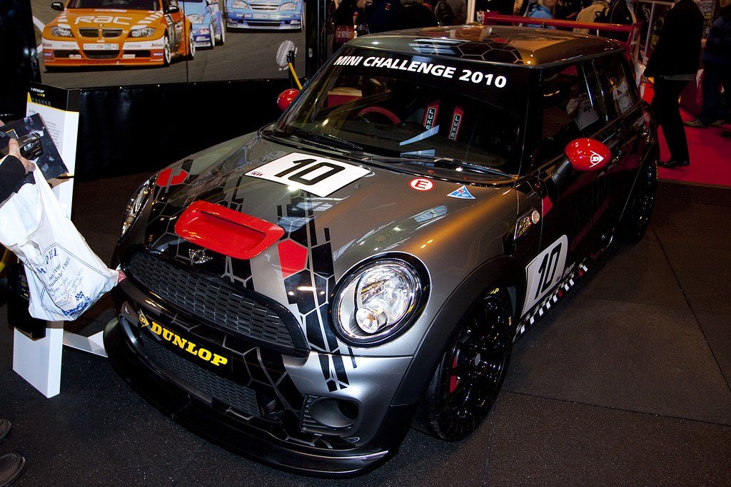 New Race Cars Mini Challenge 2010 Bmw Mini Cooper S 10 On This Month