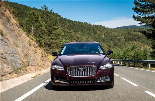 New Xf Jaguar Car Hd Photo Hd Wallpapers On This Month
