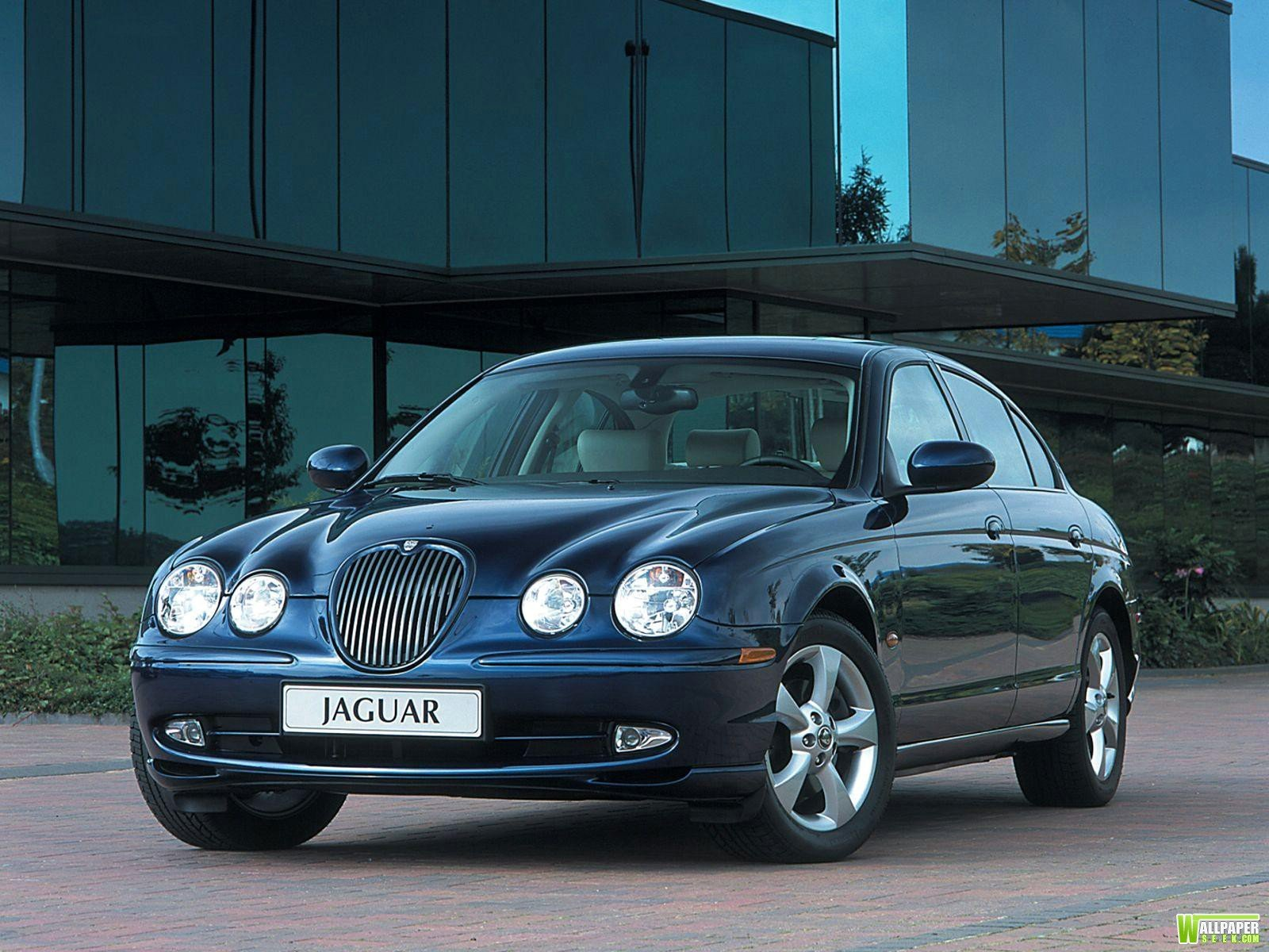 New Cars Wallpapers And Pictures Jaguar Car Wallpapers Hd On This Month