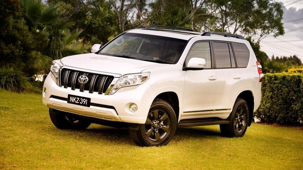 New 2014 Toyota Land Cruiser Prado Suv Car Wallpaper Cars On This Month