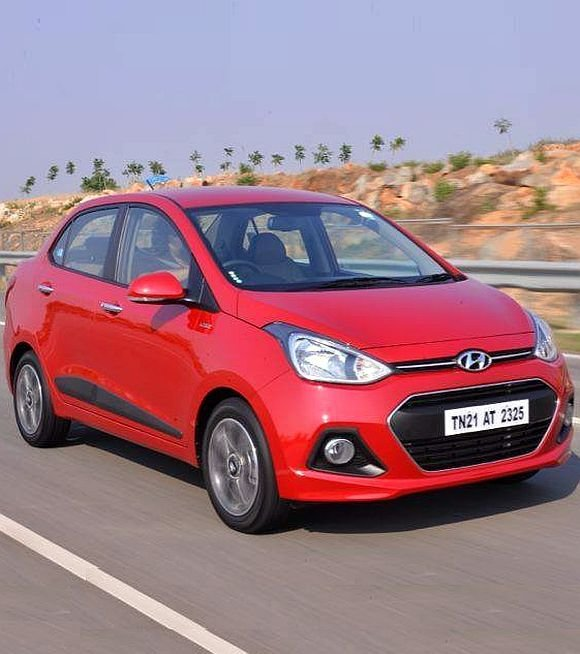 New Hyundai Xcent Is The Best Family Car Beats Dzire Amaze On This Month