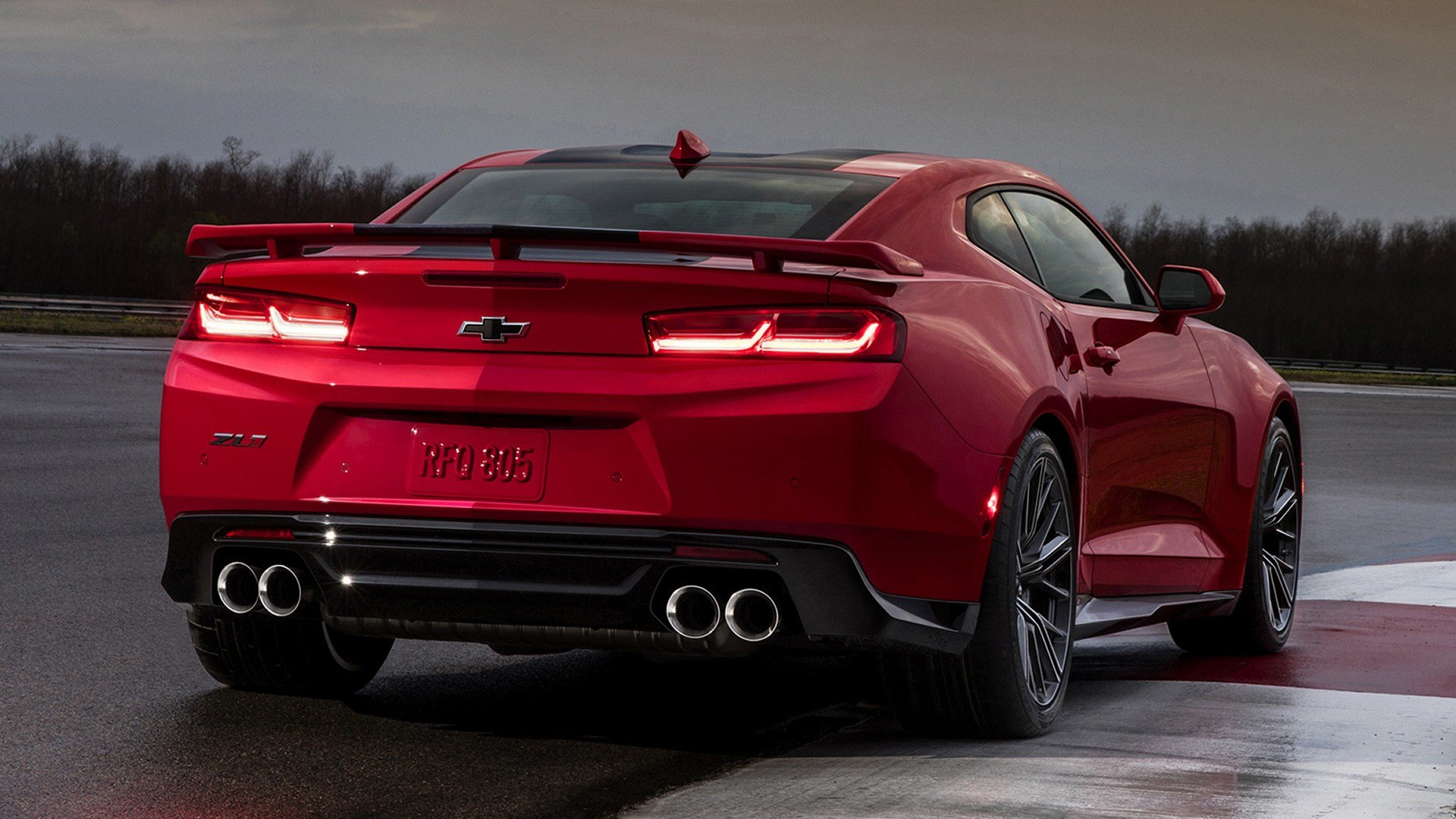 New Chevrolet Camaro Zl1 2017 Wallpapers And Hd Images Car On This Month