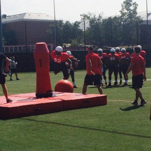 Terps defense works on drills. (Courtesy of Ivette Lucero Lopez)