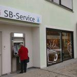 Eröffnung eines neuen Sparkassengeldautomaten in Alsweiler