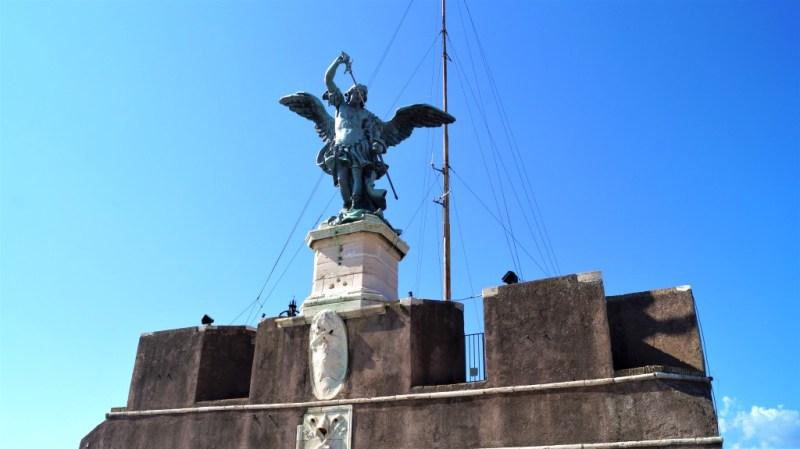 Der Erzengel Michael auf der Engelsburg