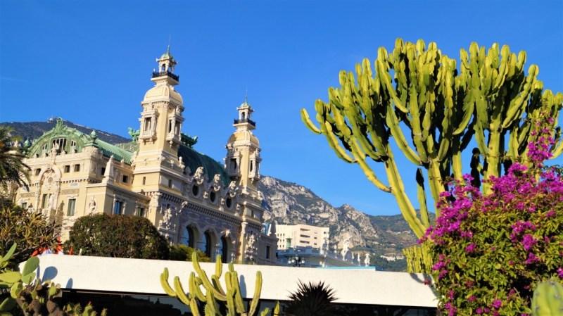 Mittelmeerlandschaft in Monte Carlo im Staat Monaco