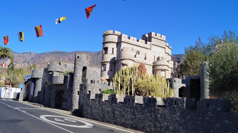 Ein Haus wie eine Burg
