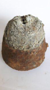 Bodemvondst Duitse bomkop fuse Wo1 ww1 groot kaliber