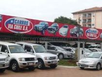 Importeure gebrauchter Autos demonstrieren gegen geplantes Maximalalter von 5 Jahren