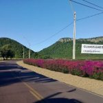 Straße der Blumen zwischen Paraguarí und Piribebuy
