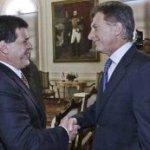 Fußballfreude: Cartes und Macri