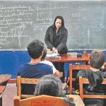 Professoren verdienen 18.000 Guaranies die Stunde