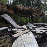 Häuser der EPP brennen ab