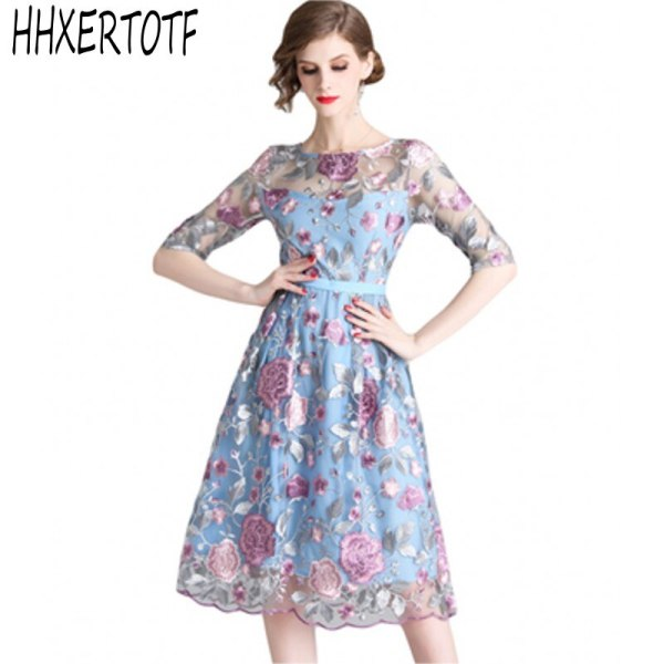 19 spring summer Women Mesh Embroidery half Sleeve Dress Designer Runway Heavy duty embroidered dresses