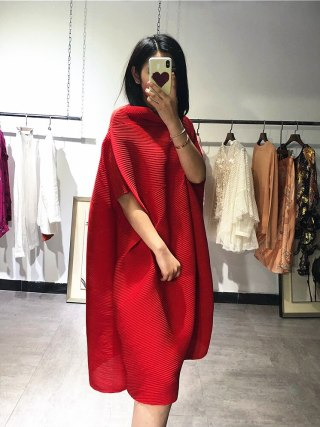 Miyake fold half sleeve dress slash neck solid batwing sleeve loose dress IN STOCK