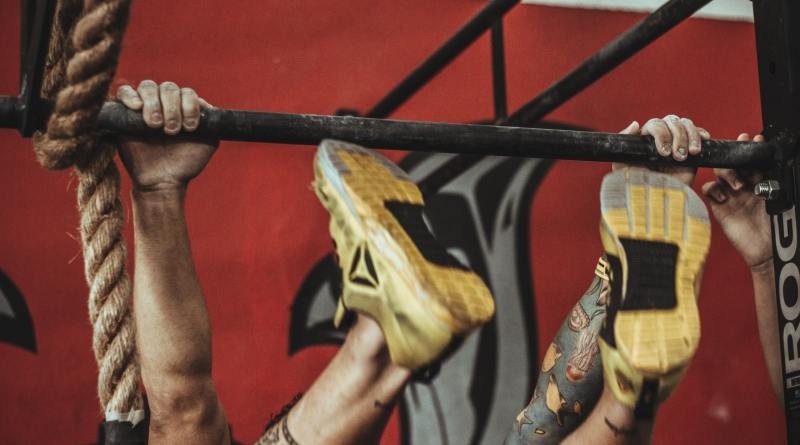 CrossFit Open 19.2 involves toes-to-bar, double-unders, and squat cleans