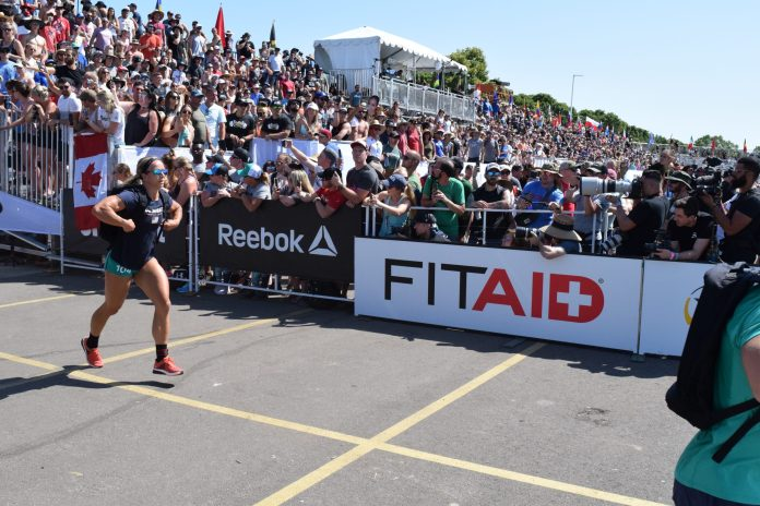Amanda Barnhart completes the Ruck Run event at the 2019 CrossFit Games