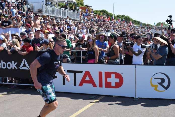 Björgvin Karl Guðmundsson completes the Ruck Run event at the 2019 CrossFit Games