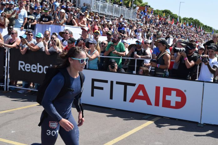 Bethany Shadburne completes the Ruck Run event at the 2019 CrossFit Games.