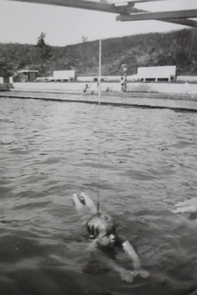 Ina leert zwemmen in de Sypel