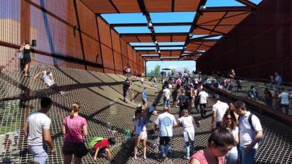 Spektakulärer Einstieg in den Brasilianischen Pavillon