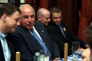 Helmut Kohl beim Deutschlandtreffen 2003